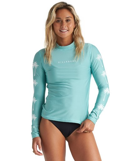 Core Loose Fit Long Sleeve Rashguard
